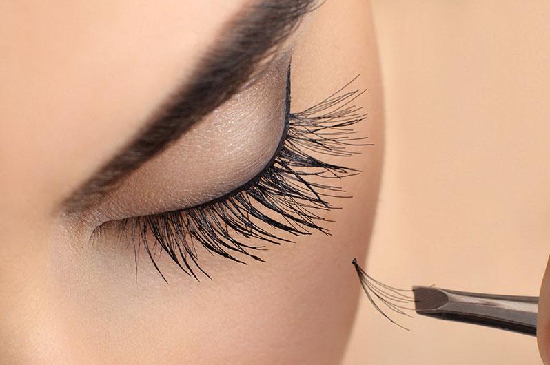 Shampooh's Eyelash Extensions